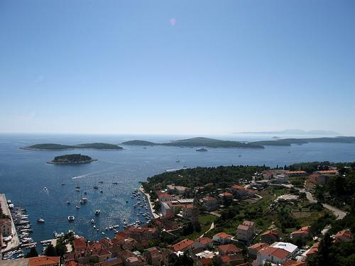 247785306_90bc8d0942_croatia-island