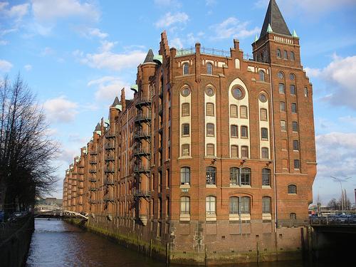 keine Jugendherberge in Hamburg gefunden ?
