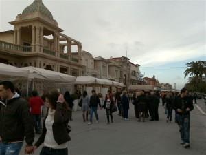 Bild der Promenade von Viareggio